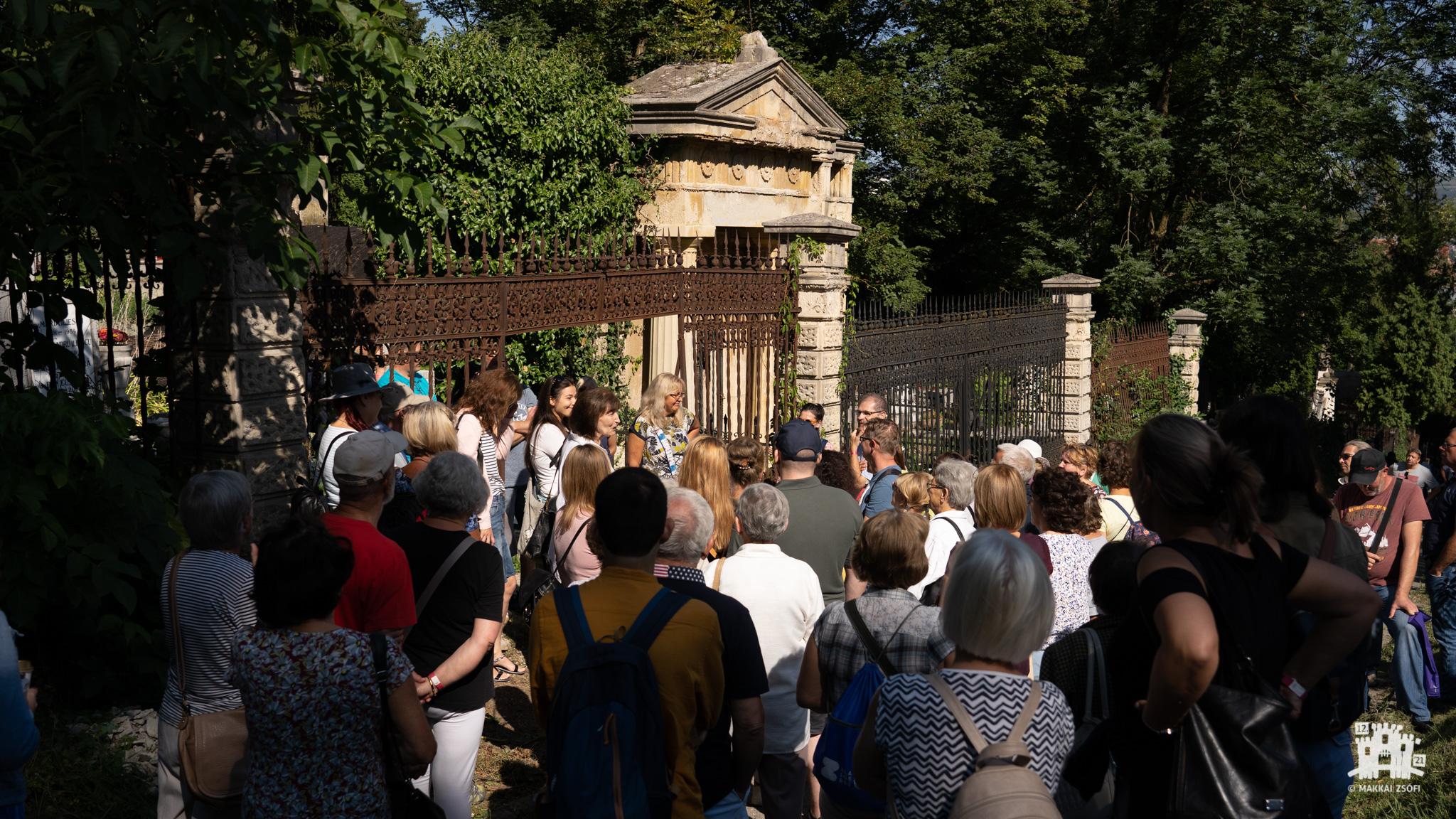 Plimbare prin Cimitirul Central