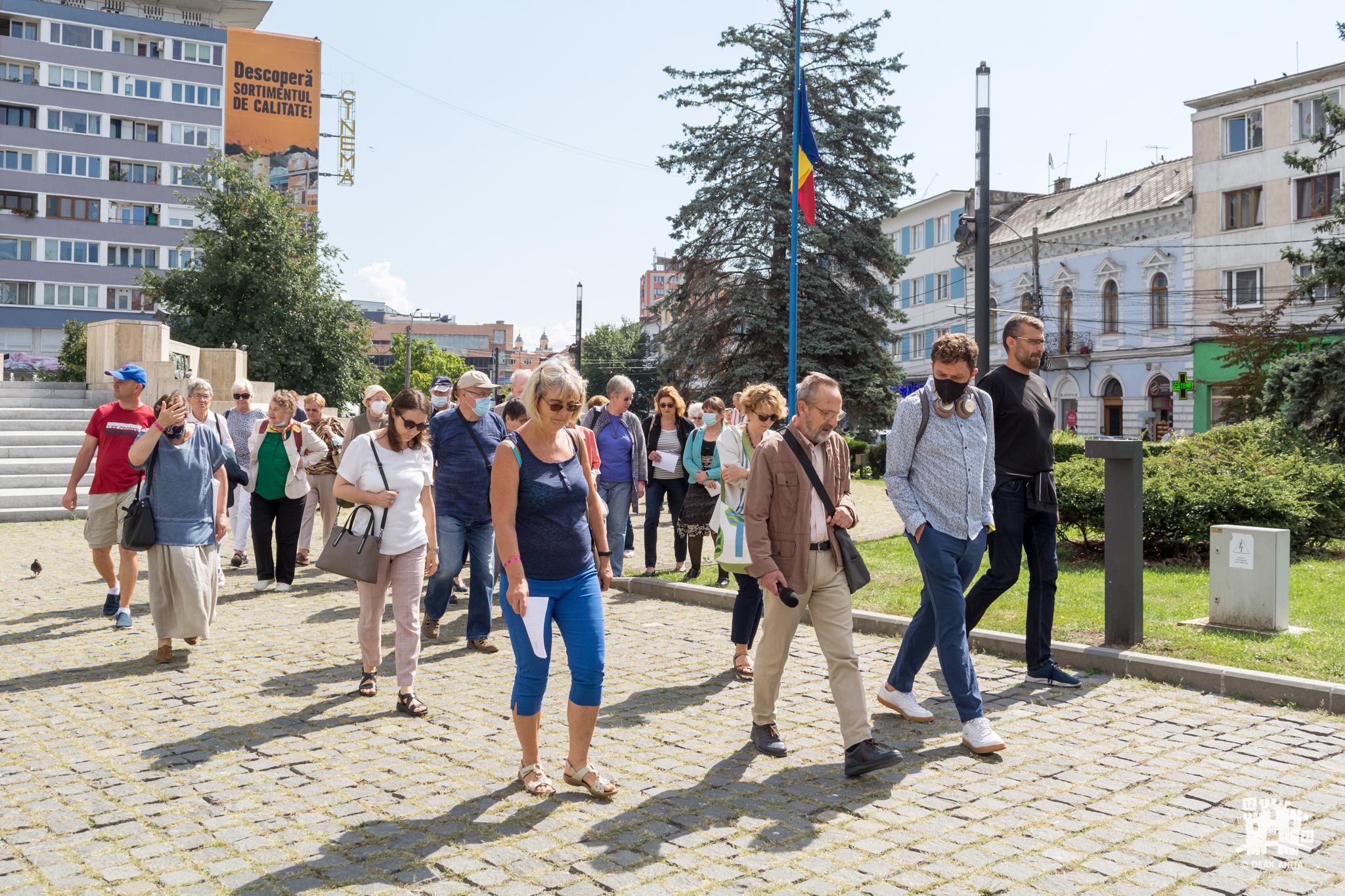 Plimbare în jurul clădirilor proiectate de Reményik Károly