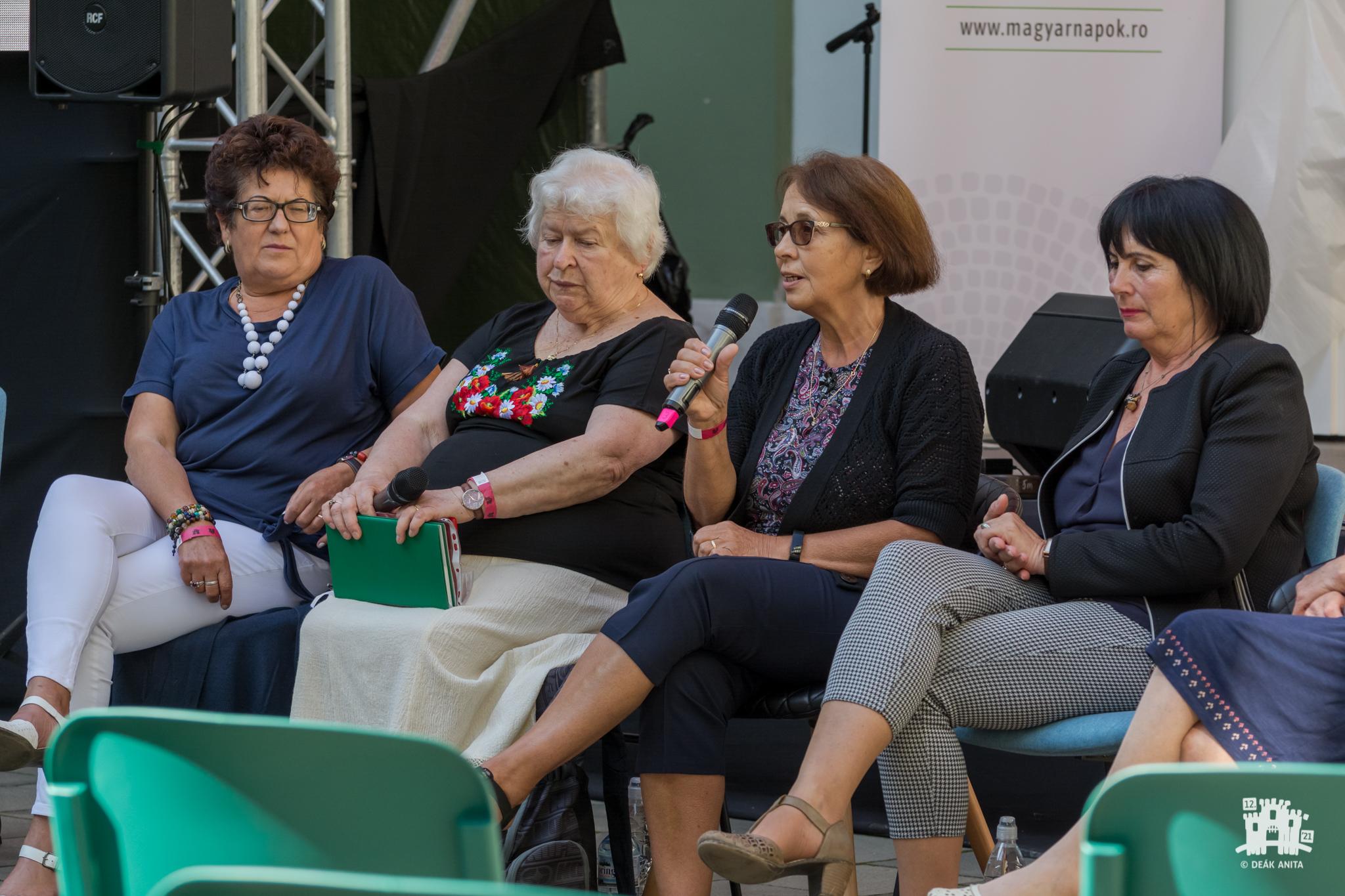 Uniunea Cadrelor Didactice Maghiare din România (UCDMR): 30 de ani în slujba învăţământului preuniversitar